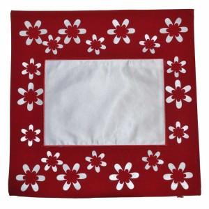 - Çiçekli Kırmızı Yastık Kılıfı