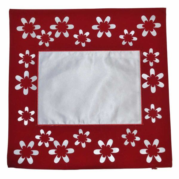 Çiçekli Kırmızı Yastık Kılıfı