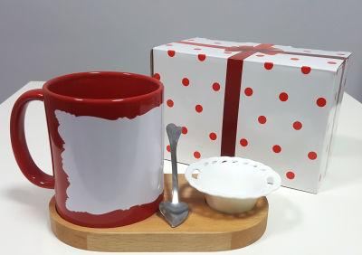 Kırmızı Motifli Kupa Ahşap Altlık+Çerezlik Set