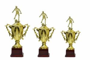 - Ödül Kupası EG-6 Figürlü Set