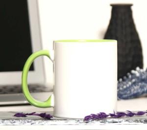 - İçi Ve Sapı Yeşil Renkli Kupa Bardak