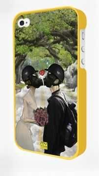 - Sarı Iphone 4/4S Kapak